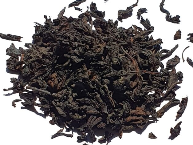 Black tea leaves